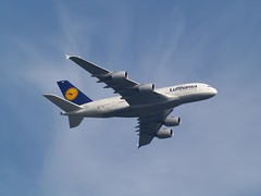 Lufthansa (uwe_gompf_66) Tags: lufthansa airbus a380 daimm delhi flughafen 25l frankfurtmain fraport airport staraliance