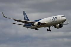N418LA / Boeing 767-316FER(W) / 34246/936 / Lanco (A.J. Carroll) Tags: miami mia boeing 767 l7 767300 lae 767300er lanco 763 76f kmia lancargo 767316fer 767300f 767300fer n418la cf680c2b7f 34246936 cernicaloleasingllc a4f2d3