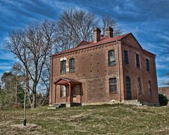 THE OLD CASWELL COUNTY JAIL (NC Cigany) Tags: nc bricks prison jail caswellcounty yanceyville