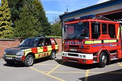 Cheshire - DK07FWS & R43FMA - Holmes Chapel (matthewleggott) Tags: rescue fire cheshire engine rover sabre service dennis range appliance dk07fws r43fma
