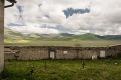 Castelluccio - Friedhof (christine thormhlen) Tags: friedhof monti sibillini
