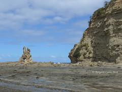 Eagles nest (1) (margaretpaul) Tags: coastline eaglesnest rockformations