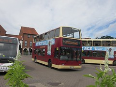 East Yorkshire 583 MF51LZW Sow Hill Bus Stn, Beverley on 61 (1280x960) (dearingbuspix) Tags: eastyorkshire 583 eyms mf51lzw