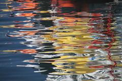 la mer enflammée (tableaux.imaginaires) Tags: sea mer abstract reflection art water eau reflet astratto reflexion reflets reflejos abstact abstrait spiegelungen reflessi enflammée aumeran boatrflections