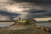 El tío del paraguas (Marce Alvarez.) Tags: costa mar paisaje playas cantabria cantabrico espigon cuchia