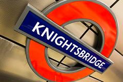 Knightsbridge (jowo1981) Tags: uk greatbritain england holiday london sign underground traffic britain urlaub great tube schild transportation ubahn gb untergrund zeichen 2015 grosbritannien