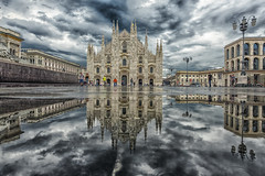 Piazza Duomo Milano (mauri.konse) Tags: urban milan mirror cathedral milano riflessi cattedrale streetmilan