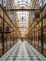 Passage du Grand Cerf (Eddie_UK) Tags: paris france arcade passage passagedugrandcerf