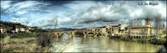 Puente la Reina (Navarra) (salvador g de miguel) Tags: espaa rio panoramica photomerge puentelareina hdr romanico navarra caminosantiago arga photomatix pentaxk20d