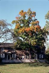 152-094.jpg (johnrellis) Tags: unitedstates jan pennsylvania places 11 w2 84 washingtoncrossing ellisfamilyslides kodachromeredonwhite