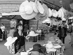 La scelta- (cesare1942) Tags: europa italia liguria persone turismo laspezia cappelli