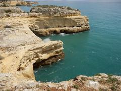 P3200941 Typisch Algarve (fotoculus) Tags: portugal algarve benagil urlaubalgarvemärz2015
