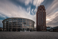 Lindner Hotel & Residence Main Plaza (thorsten_fr) Tags: plaza clouds frankfurt main architektur