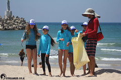 IMG_8814 (Streamer -  ) Tags: ocean sea people green beach nature students ecology up israel movement garbage sunday north group young cleanup clean teen shore bags  nonprofit streamer  initiative enviornment    ashkelon          ashqelon   volonteers      hofit