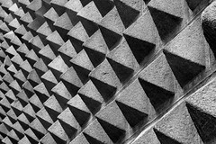 the wall (patoche 38) Tags: shadow blackandwhite muro wall architecture arquitectura noiretblanc geometry sombra ombre mur geometria geometrie