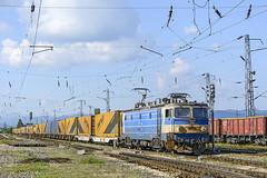 Gartner (Rivo 23) Tags: electric train cargo class bulgaria le locomotive 5100 railways freight 46 logistics gartner bulgarian 033  bdz   electroputere  le5100 060ea