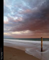 Capvespres nics... (Felip Prats) Tags: sunset atardecer calafell catalunya capvespre