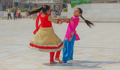 Joie de Vivre (Dovid100) Tags: girls india children dancing punjab amritsar