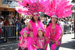 SF Carnaval 2016 (DanceAndRun) Tags: sf carnival pink san francisco breast cancer dancer parade carnaval performer cure manal 2016