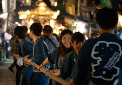 Young boys and girls pulling rope to move festival float - Narita Gion Festival 2016 (Apricot Cafe) Tags: festival japan power religion peaceful happiness jp chiba success groupofpeople enjoying narita teamwork 2016 chibaken annualevent naritagionfestival naritashi canonef70200mmf28lisiiusm img714032