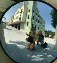 (alannahberkeley) Tags: colorfulhouses downtowndelray mirror