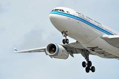 KU0103 KWI-LHR (A380spotter) Tags: landing approach finals shortfinals belly airbus a330 200 9kapa  dasman  kuwaitairways kac ku ku0103 kwilhr runway27r 27r london heathrow egll lhr