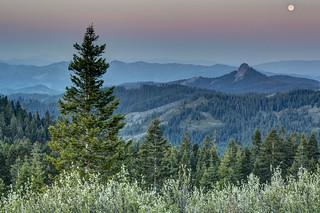 Views from Cascade-Siskiyou National Monument -- Pilot Rock
