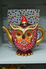 Owl Tea Post (gary8345) Tags: china shop shopping ceramic australia owl teapot alicesprings 2015 snapseed