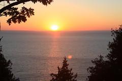 IMG_6952 (sjj62) Tags: sunset seascape doorcounty sunsetting doorcountywi 40d ellisonbaywi ellisonbluffstatenaturalarea