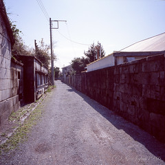 20160320-12 (GenJapan1986) Tags: 2016 fujifilmgf670wprofessional      6x6 film tokyo island travel  japan niijima fujifilmprovia400x