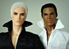 Lukas & Darius (Deejay Bafaroy) Tags: portrait white black male fashion toys power portrt lukas reid staying fr weiss schwarz royalty strategy homme maverick integrity darius