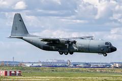 France Air Force Lockheed C-130H-30 Hercules (Vasily Kuznetsov) Tags: lockheed spotting c130 planespotting c130hercules armedelair vnukovo c130h lockheedc130 vko uuww franceairforce frapi 61pi