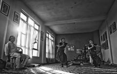 Traning (Feca Luca) Tags: street reportage odissi dance blackwhite woman donna hindu indoor backlight india asia himachalpradesh people nikon