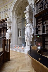Les caryatides marquant lentre du magasin central, mai 2016,  Jude Talbot BnF (Library ABB 2013) Tags: paris france architecture nationallibraryoffrance bibliothquenationaledefrance 2016