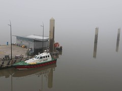 Murky Mersey Morning (Lluniau Clog) Tags: fog liverpool mersey day97 merseyside rnbmersey day97365 365the2015edition 3652015 7apr15