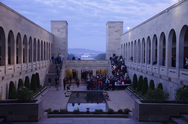 War memorial 02