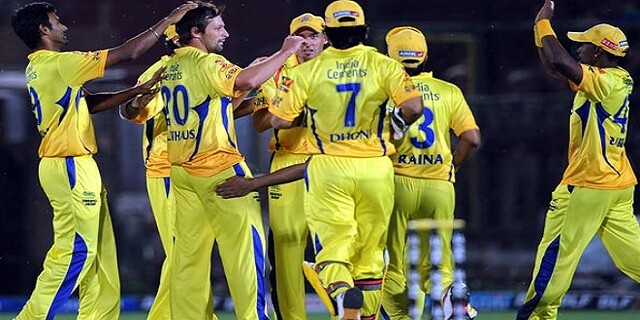 IPL 8 indian premier league chennai super kings beat delhi daredevils by one run.