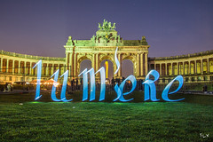 Light in Bruxelles (tOntOnfred LP) Tags: light brussels lightpainting canon painting eos bruxelles 5d calligraphy brussel grp calligraphie lumineuse