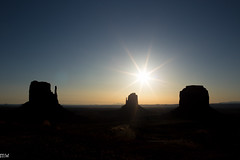 Sunrise (MikeWeinhold) Tags: sunrise monumentvalley 6d navajotribalpark