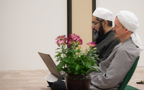 "Shaykh Yahya Rhodus at SeekersHub, Toronto and Seminar Series: Worship, Coffee and The Meaning of Life • <a style=""font-size:0.8em;"" href=""http://www.flickr.com/photos/88425658@N03/26772295611/"" target=""_blank"">View on Flickr</a>"