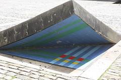mosaico en Lauzerte (Francia) (javierortegaferrandez) Tags: mosaico azulejo