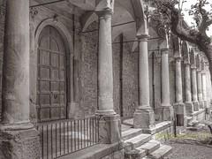 Antico colonnato di convento!!! (rikkuccio) Tags: ancient convento sicily antico architettura colonna colonnato flickrsicilia rikkuccio