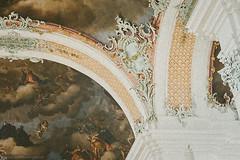 IMG-7621-16-Bea (Martin Simmler) Tags: stgallen weltkulturerbe kathedrale kloster altstadt erker stickerei
