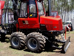 Forexpo 2016(102) (TrelleborgAgri) Tags: forestry twin tires trelleborg skidder t480 forexpo t440