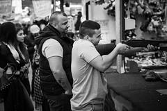 La Mia  Vita (toletoletole (www.levold.de/photosphere)) Tags: street people bw fuji father cologne son kln sw funfair kirmes vater sohn shootingbooth schiesstand xpro2 fujixpro2