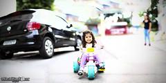 Julia (Marciobien) Tags: brazil panorama brasil kids toys child sopaulo pano sp panoramica brinquedos taboaodaserra justkidding brenizer canonef85mmf18 85mmf18 motoca brincadeiradecriana porai canon7d lenteef marciobianchi marciobien lensesef