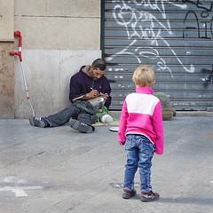 Sin título (f e r e l m a f e) Tags: street man history valencia children calle mirada niño historia hombre mendicidad mendicancy