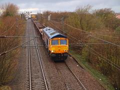 Troon - 02-05-2016 (agcthoms) Tags: station scotland trains railways troon ayrshire class66 gbrf 66736