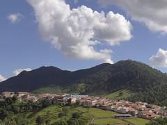 DSC04141 (familiapratta) Tags: brasil iso100 sony montesio cidadesbrasileiras montesiomg hx100v dschx100v
