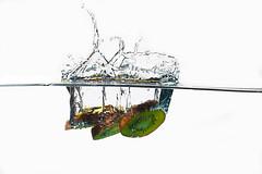 Kiwis dive (lhags2000) Tags: white green water vegetables canon eos flash dive freeze 5d kiwi plouf mark2